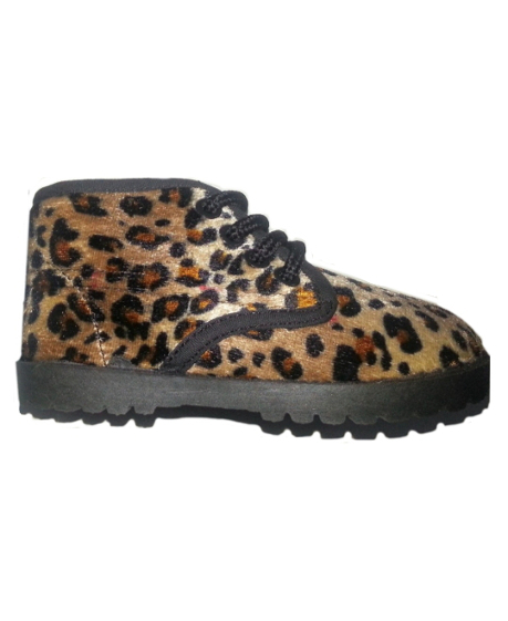 **Blow-Out Sale** Boy/Girl Leopard Plush Baby Shoes